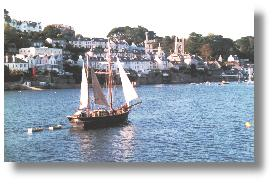 Fowey, late afternoon, from Polruan. Photo: R.J.Tarr © 2001